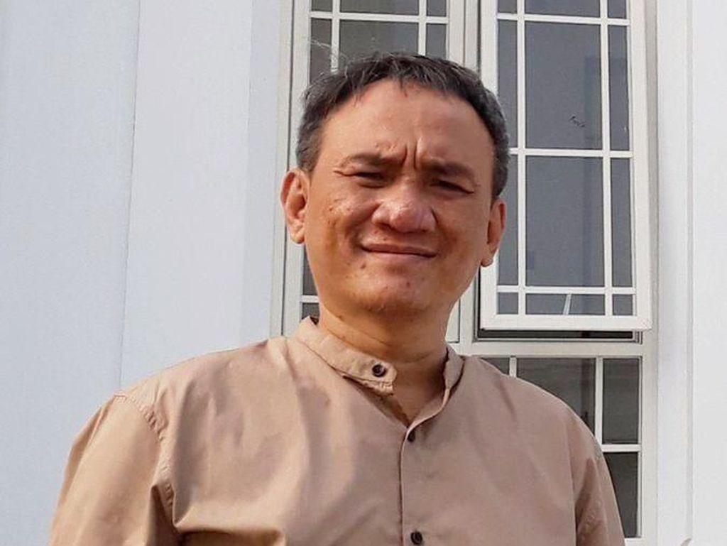 Andi Arief ke Marzuki Alie: Jangan Buat Ketegangan Tak Perlu Antara PDIP-PD