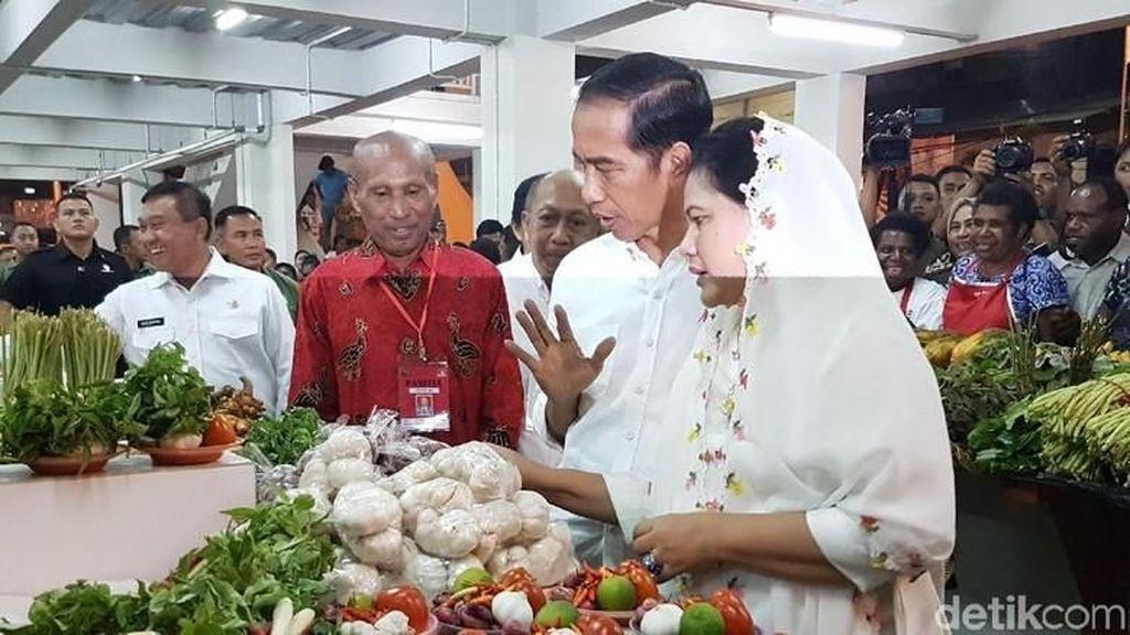 Begini Momen Seru Jokowi dan Iriana Belanja Ke Pasar Tradisional