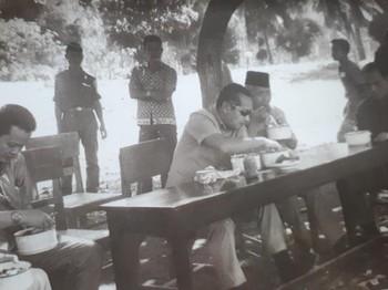 Ketika Presiden Soeharto Bertemu Soeharto