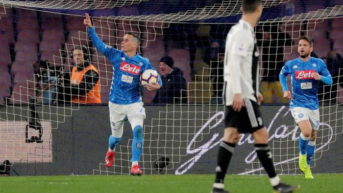 Meski tertinggal 15 poin dari  Juventus, Napoli menolak untuk menyerah di Liga Italia (Foto: Reuters)