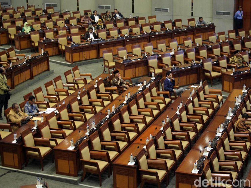Sidang Paripurna DPR Kembali Kosong