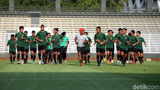 Timnas Indonesia U-23 akan menjalani laga perdana lawan Thailand.