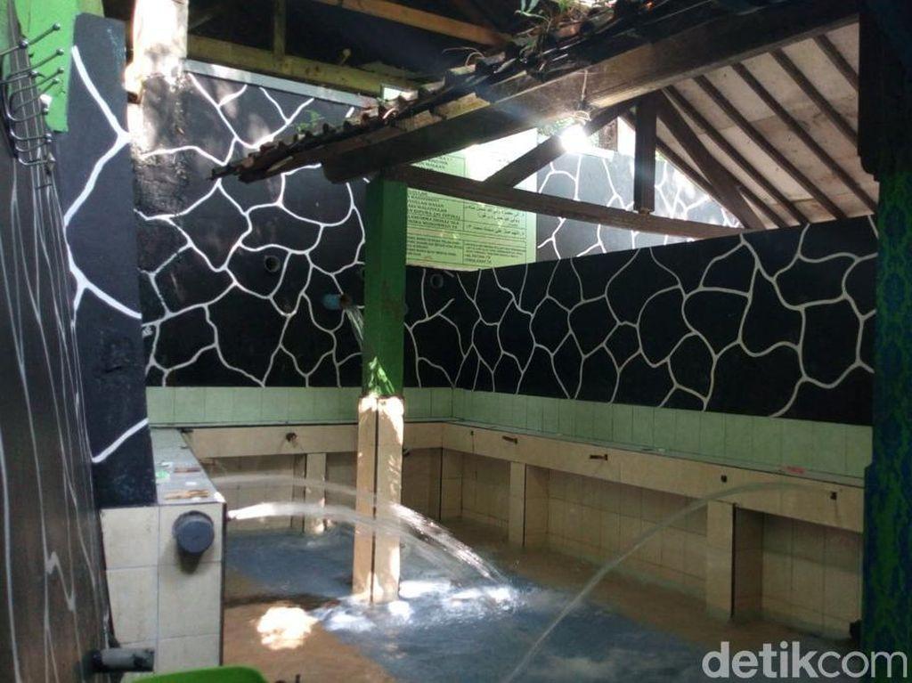 Kisah Mata Air Keramat di Semarang