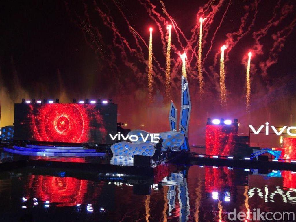Peluncurannya Meriah, Apa Sih Keunggulan Vivo V15?