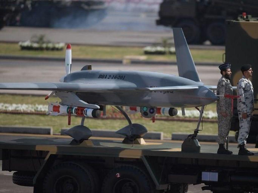 Masih Tegang, Jet Tempur India Tembak Jatuh Drone Militer Pakistan