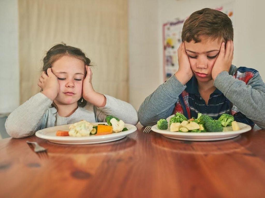 7 Tips Mengatasi Anak Susah Makan Sayur dan Buah