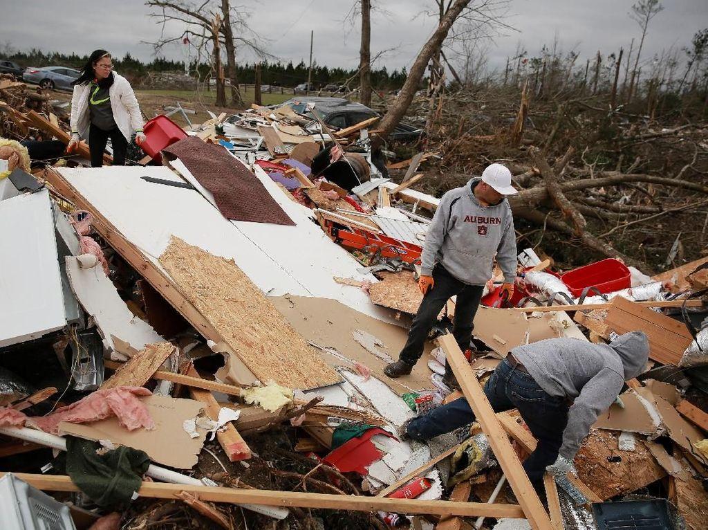 Tornado Sapu Rumah-rumah di Ohio Amerika Serikat