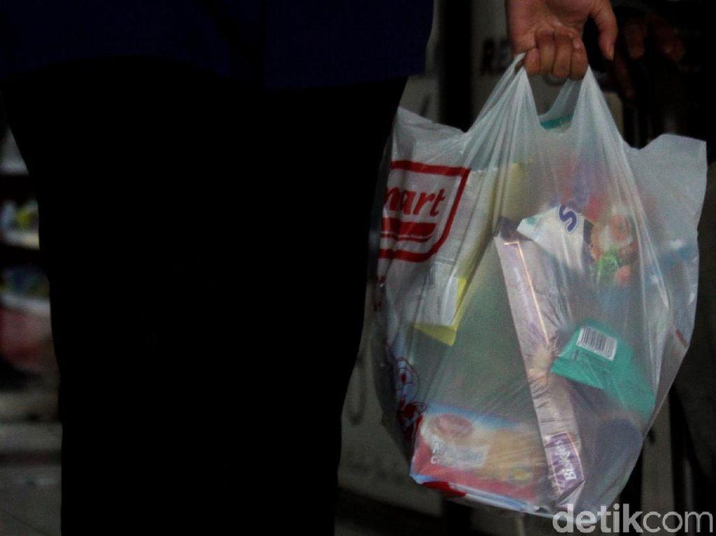 Nah Loh, Harga Kantong Plastik Akan Naik Hingga Rp 5 Ribu