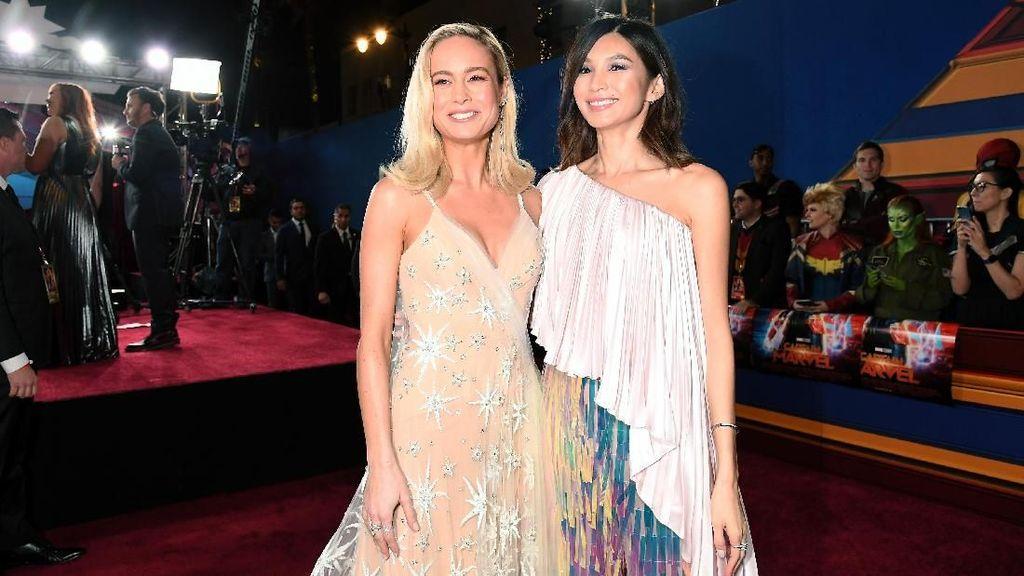 Cantiknya Brie Larson dan Gemma Chan di Premier Captain Marvel