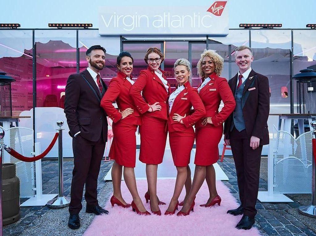 Maskapai Ini Perbolehkan Pramugari Terbang Tanpa Makeup