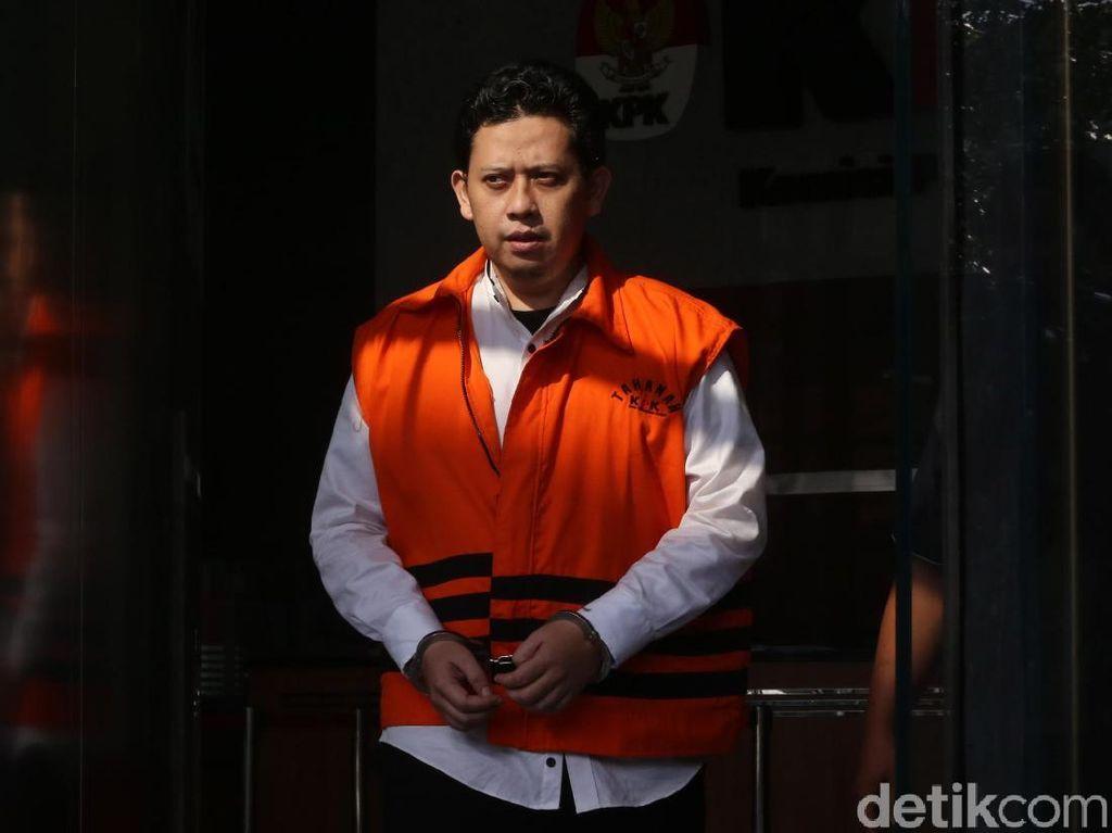 Berompi Tahanan, Bupati Cianjur Kembali Diperiksa KPK