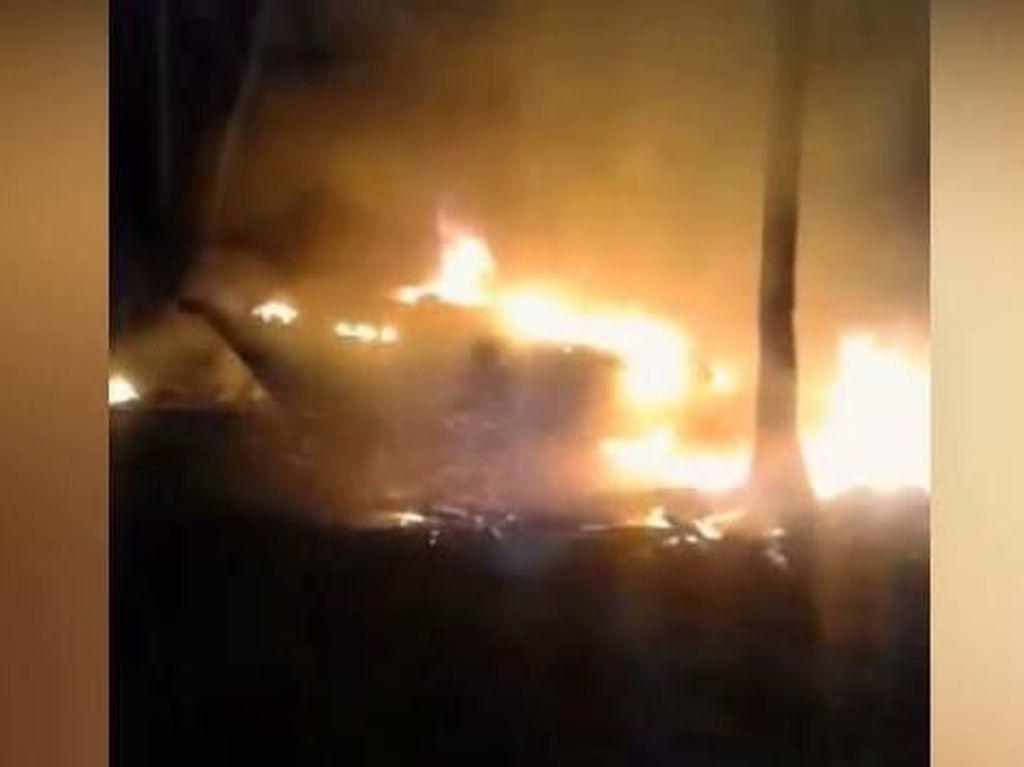 Perusahaan Galangan Kapal yang Terbakar di Baubau Bantah Tak Gaji Karyawan