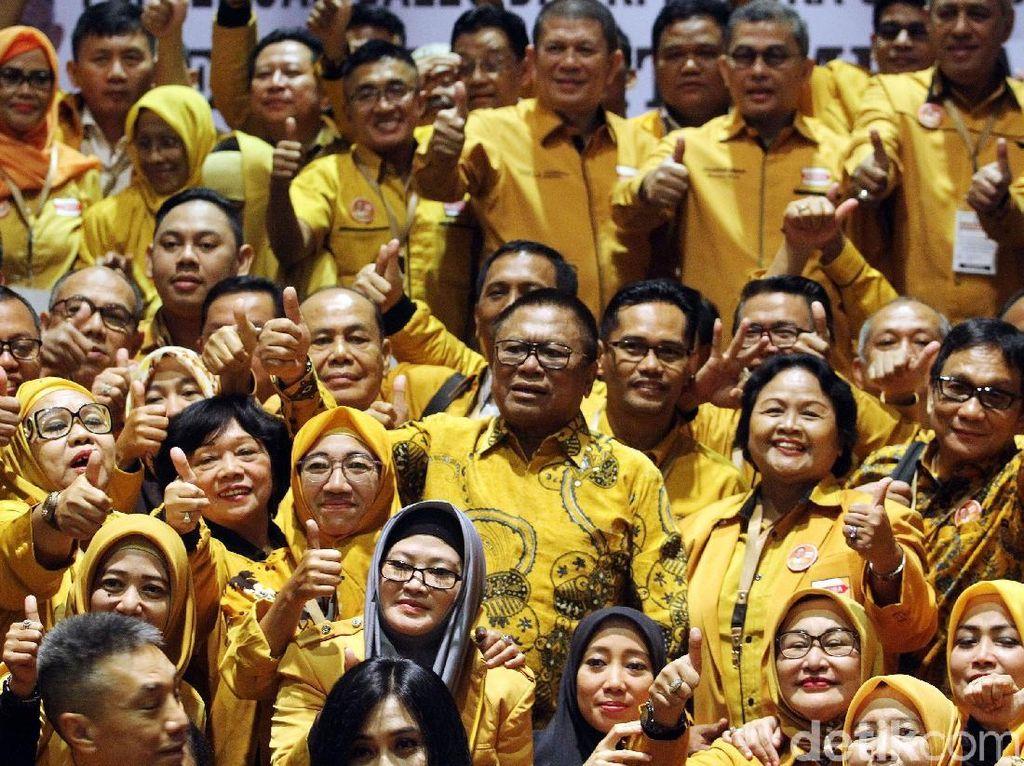 OSO Kumpulkan Caleg Hanura Bahas Pemenangan Pileg dan Jokowi