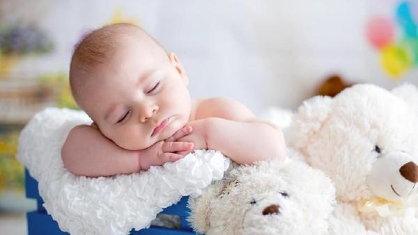 Unik! Marah dan Cemberut, Ekspresi Bayi-bayi Baru Lahir Ini Sukses Curi Perhatian