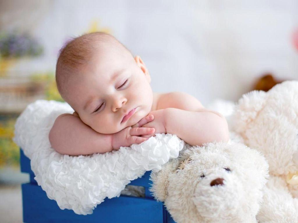 Otak Masih dalam Perkembangan, Kira-kira Bayi Mimpi Apa Ya?
