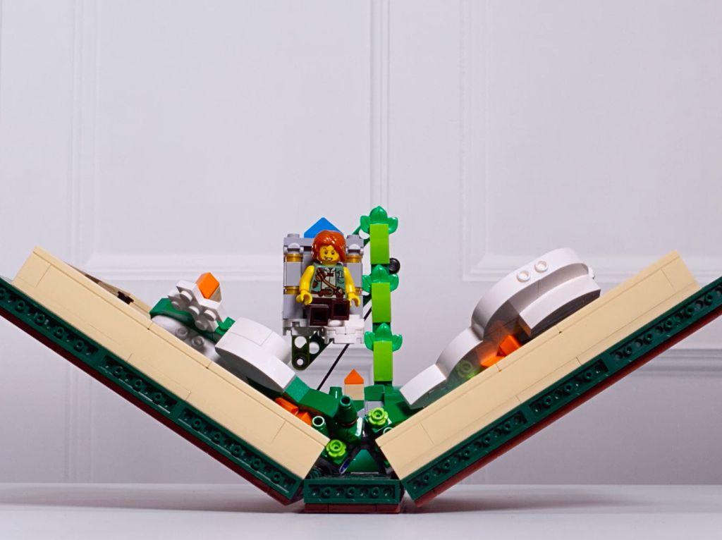 Ini Lego Fold, Bukan Galaxy Fold... Tapi Juga Bisa Dilipat!