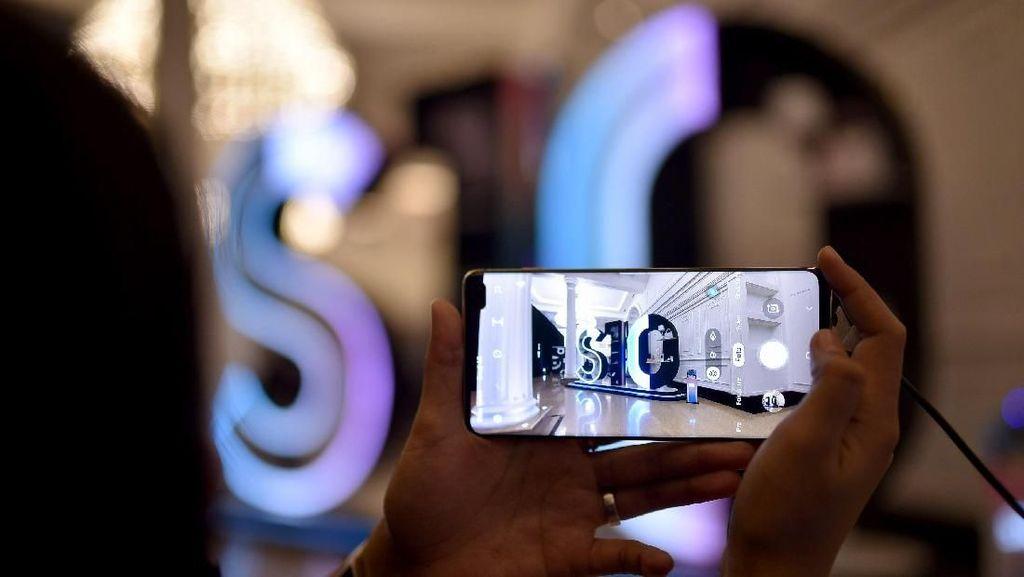 Ponsel Premium Samsung Resmi Mendarat di Tanah Air