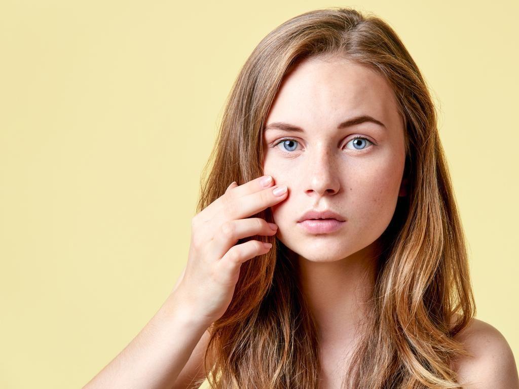 15 Cara Mengecilkan Pori-pori Wajah dengan Cepat dan Alami