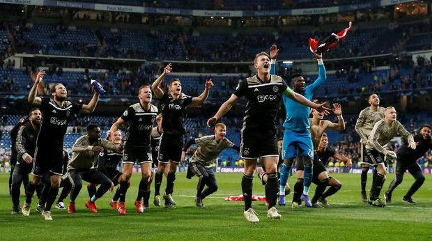Ajax Amsterdam menggilas Real Madrid di Santiago Bernabeu.