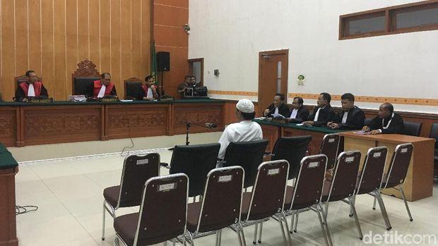 Hercules Minta Bebas, Pengacara: Tak Ada Saksi Lihat Perusakan Lahan
