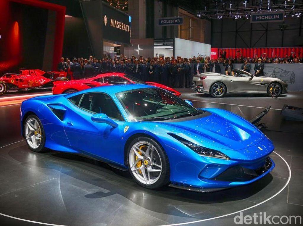 Lebih Jelas Lihat Si Cantik Bertenaga Gahar, Ferrari F8 Tributo