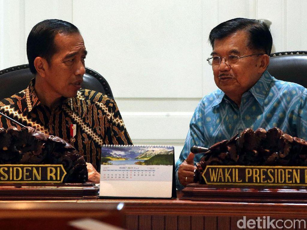 Jokowi Pimpin Sidang Kabinet Bersama Kapolri Hingga Menteri