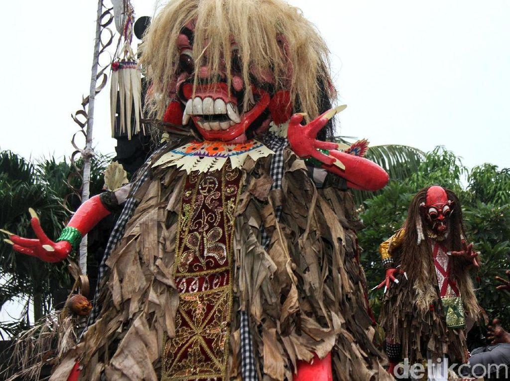 Potret Semarak Pawai Ogoh-ogoh di Gambir