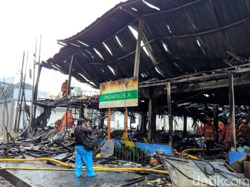 Kebakaran di Blok A Padam, 414 Kios Terbakar
