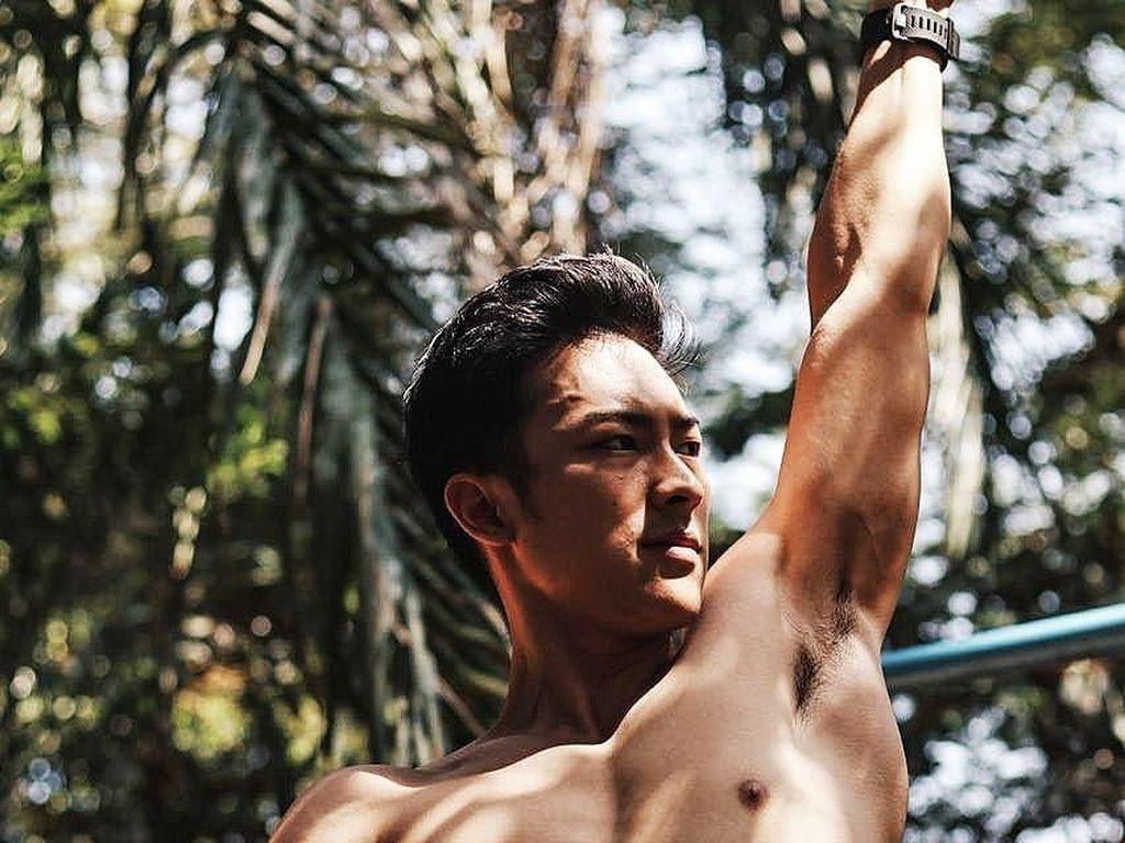Cerita Abang Martabak Kekar dari Serpong, Mau Coba Olahraganya?