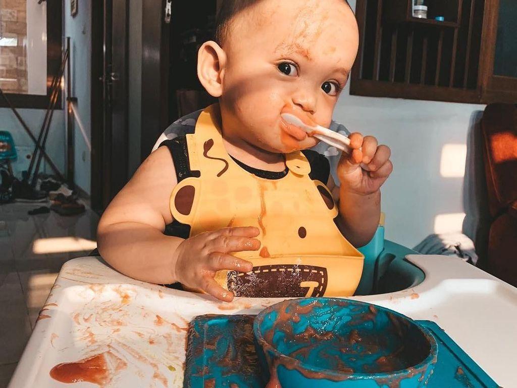 Menggemaskan! Xabiru Anak Rachel Vennya yang Hobi Makan