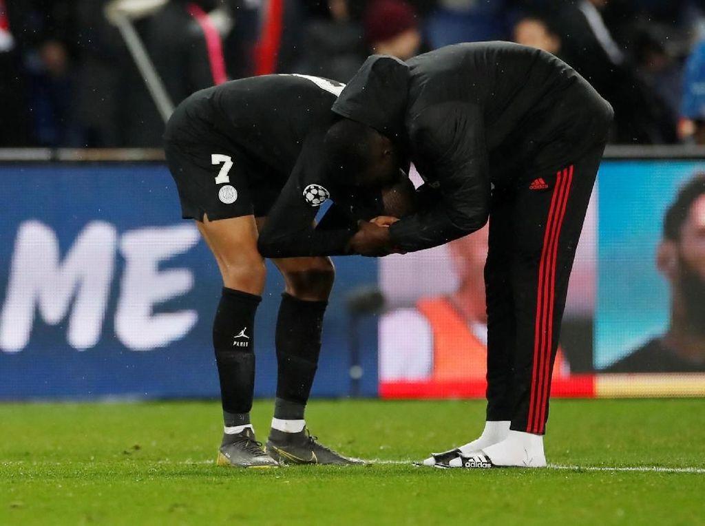 Didepak MU, Mungkinkah PSG Dihantui Comeback Barcelona?