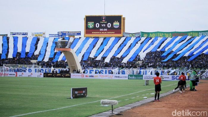 Stadion Si Jalak Harupat diprediksi akan sepi penonton nanti malam. (Wisma Putra/detikSport)