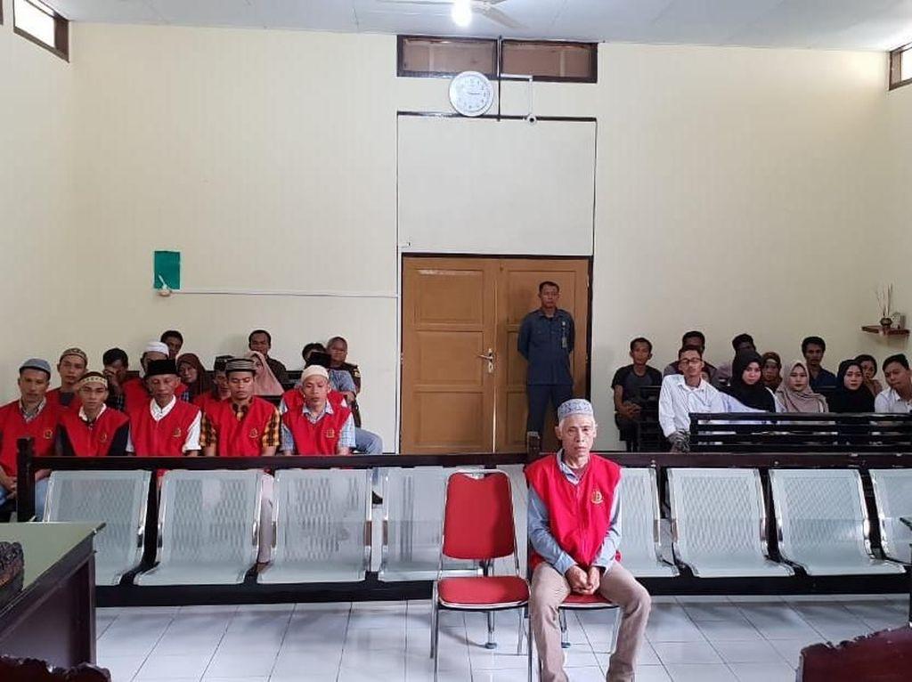 Cabuli Anak Angkat, Nursaid Dihukum 15 Tahun dan Denda Rp 1 M