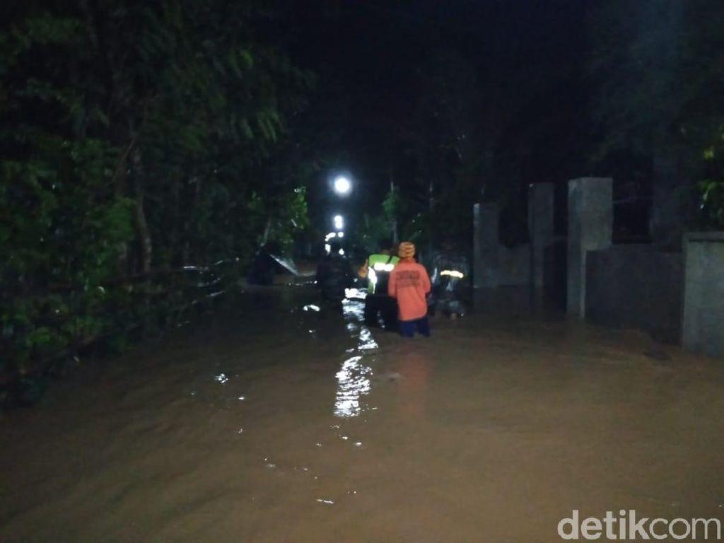 Dua Sungai Meluap di Blitar, Ratusan Rumah Kebanjiran