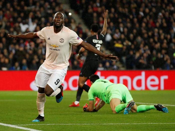 Aksi pemain Manchester United, Romelu Lukaku, di Liga Champions. (Foto: Christian Hartmann/Reuters)