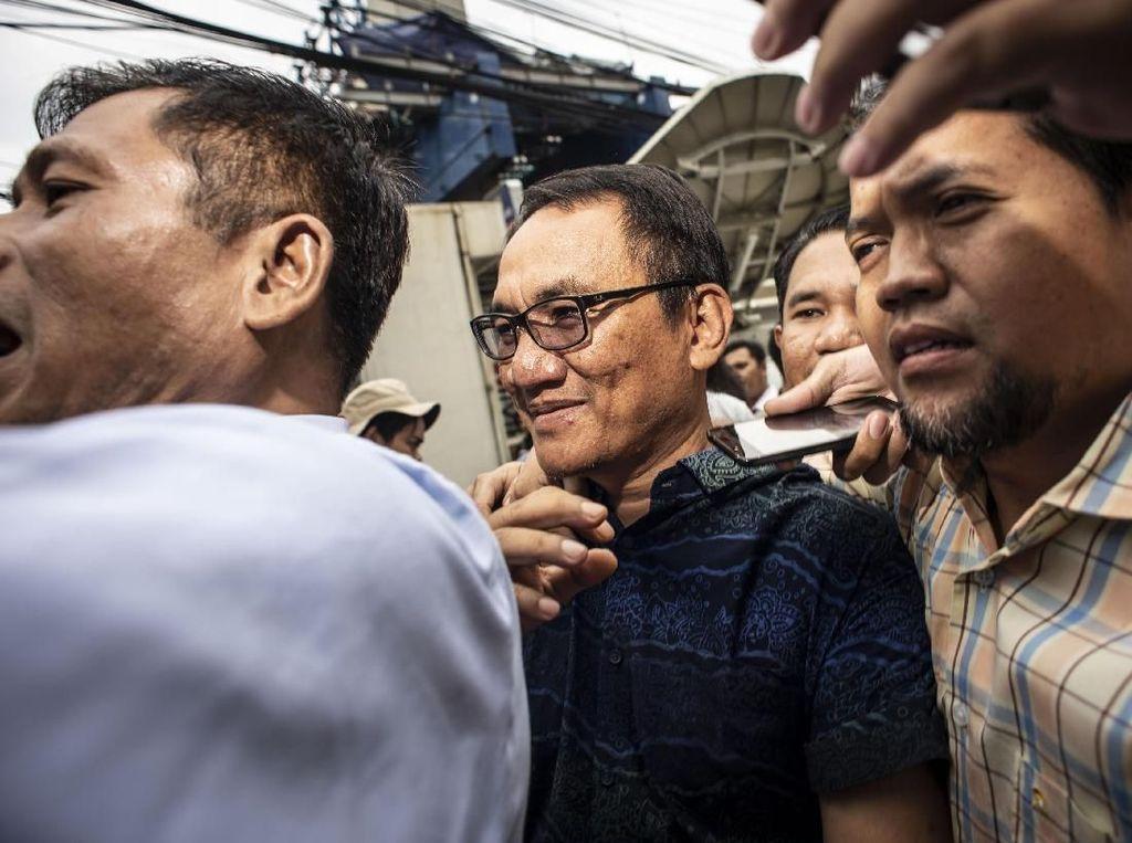Kebersamaan Elite PD Menemani Andi Arief yang Sedang Jalani Rehabilitasi