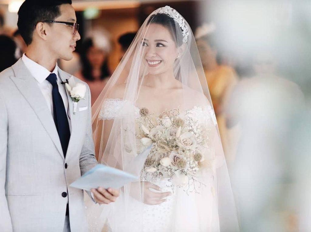 7 Momen Bahagia Pernikahan Yuanita Christiani di Kapal Pesiar