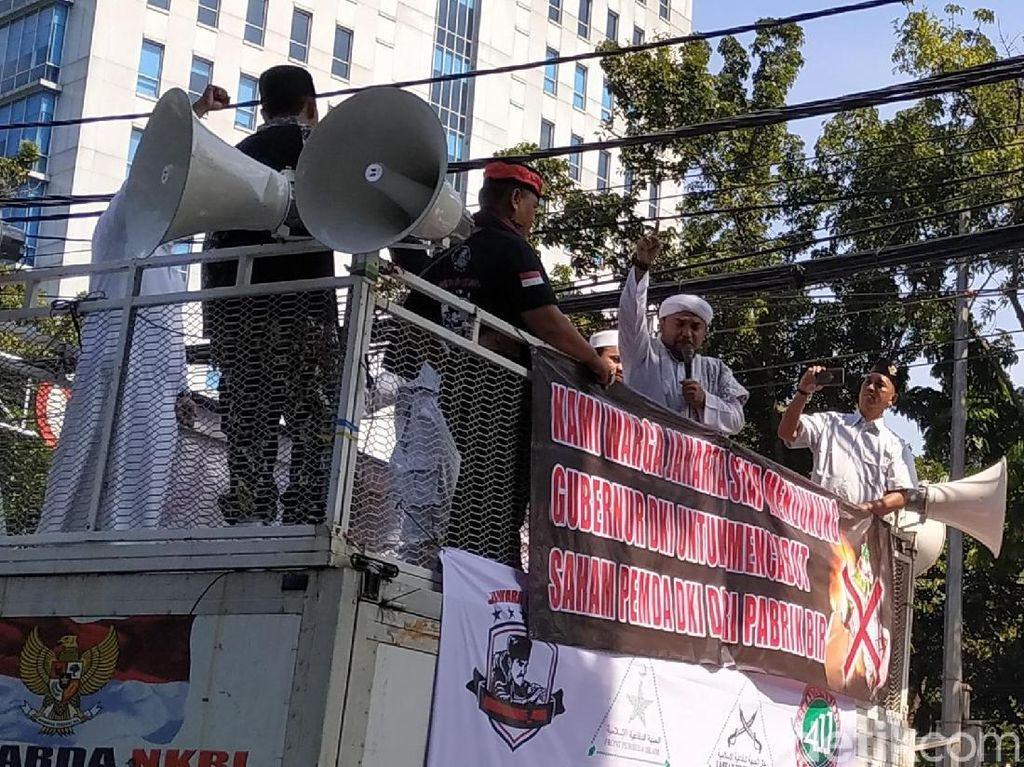 Aksi Pro Jual Saham Bir, Novel Bamukmin Tuding Anggota DPRD Pembela Miras