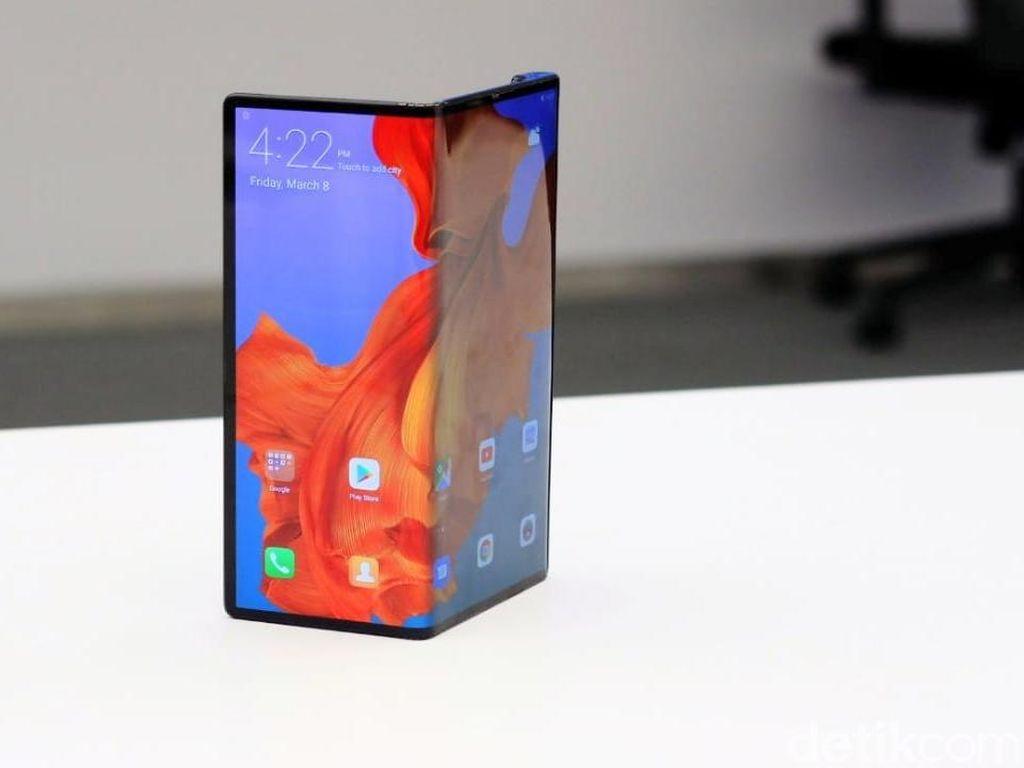 Huawei Tanggapi Komentar Julid Layar Lipat Mate X
