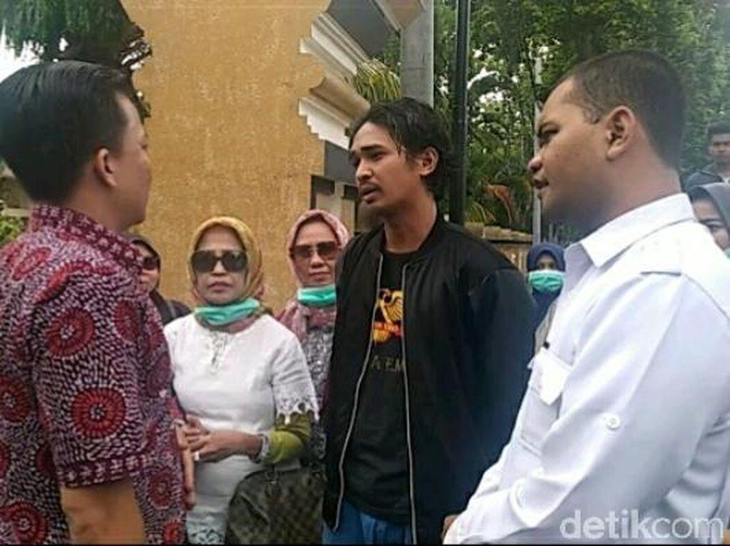 Pengajuan Mepet, Polisi Tak Beri Izin Talk Show Rocky Gerung di NTB