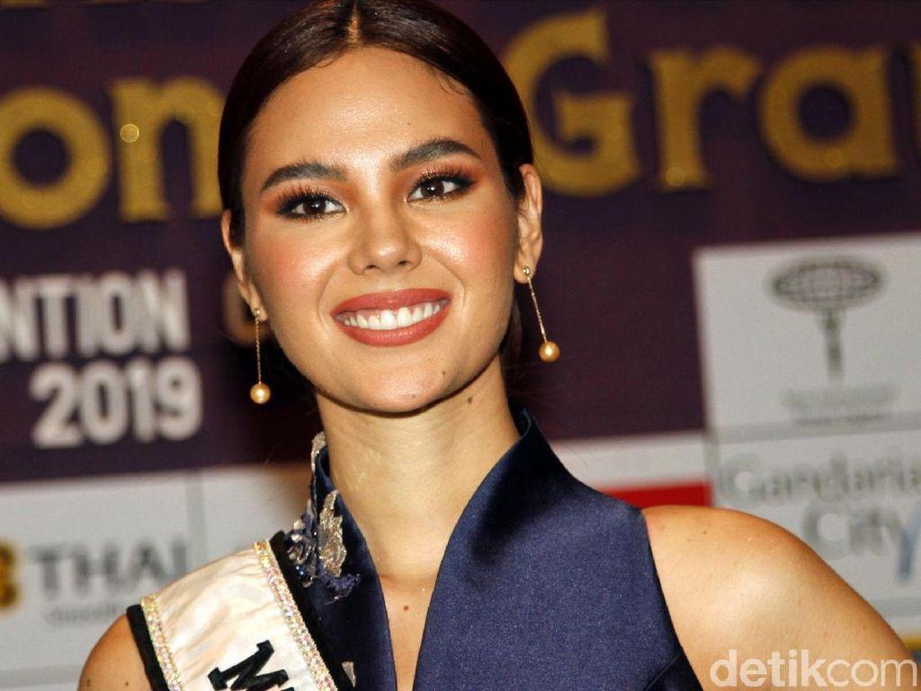 Foto: Miss Universe 2018 Cantik Memesona Tanpa Mahkota Saat di Jakarta