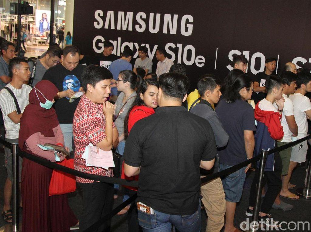 Fanboy Samsung Antusias Sambut Kehadiran Galaxy S10 Series
