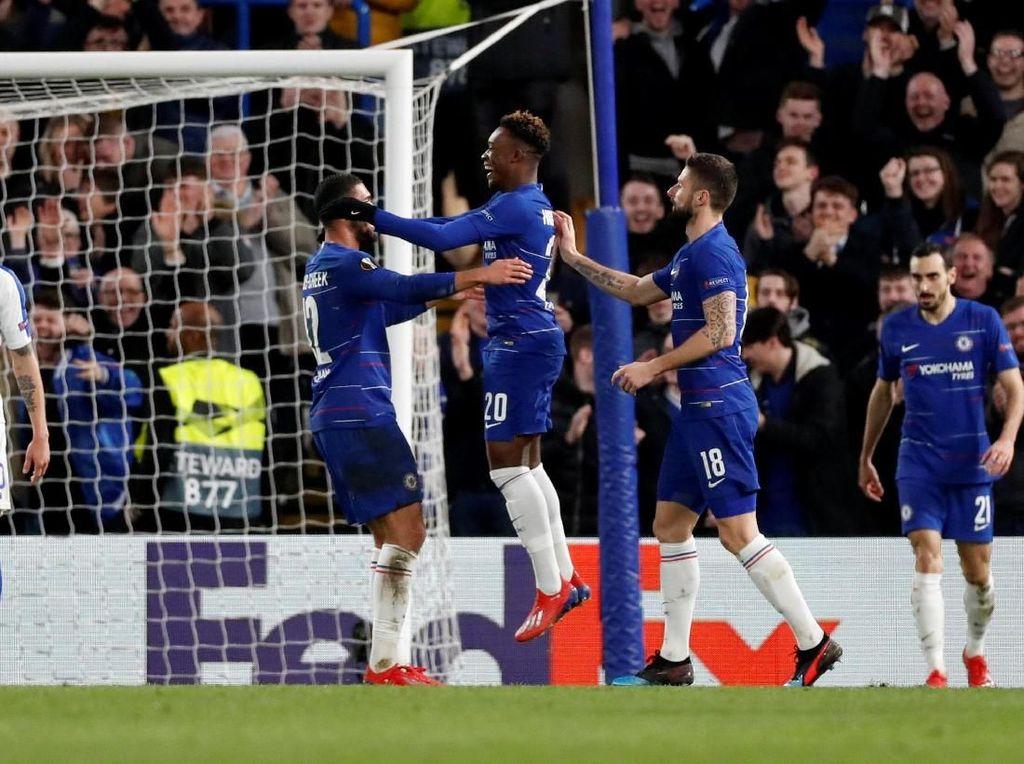 Chelsea Gilas Dynamo Kiev 3-0 di Liga Europa