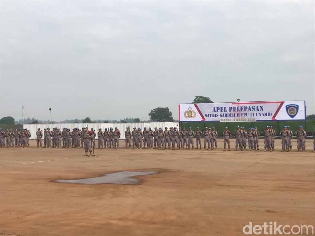Polri Lepas Pasukan Pasukan Perdamaian PBB, 15 di Antaranya Polwan