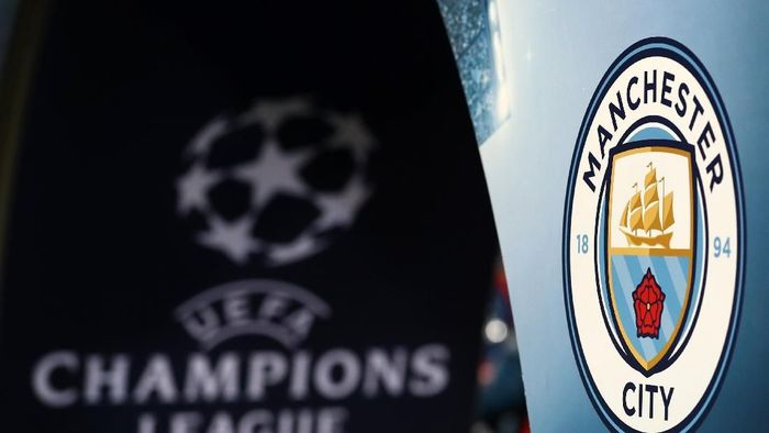 BASEL, SWITZERLAND - FEBRUARY 13: The Manchester City badge and UEFA logo can be seen prior to the UEFA Champions League Round of 16 First Leg match between FC Basel and Manchester City at St. Jakob-Park on February 13, 2018 in Basel, Switzerland. (Photo by Catherine Ivill/Getty Images)