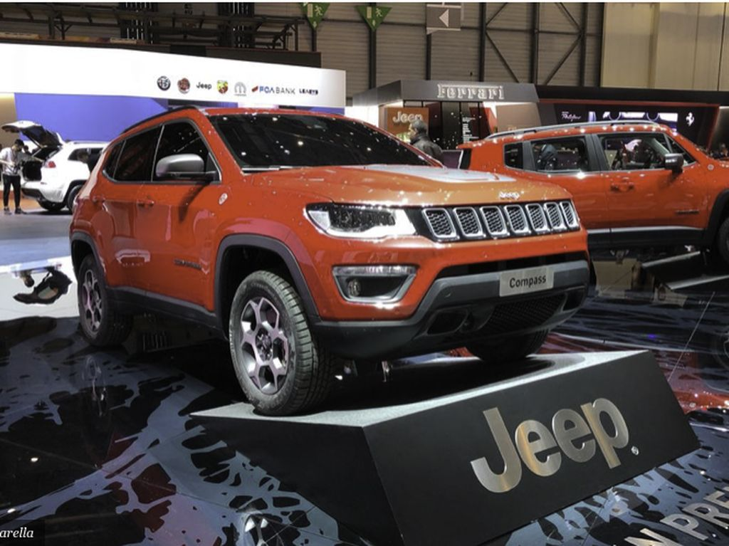 Dua Model Mobil Jeep Kena Setrum Juga