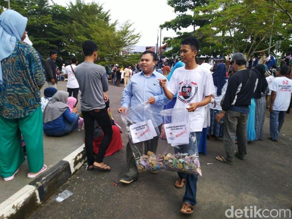 2 Pemuda di Banjar Beri Sandiaga 2 Bungkus Uang Hasil Galang Dana