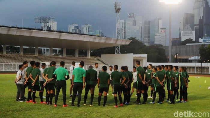 Pelatih Timnas Indonesia, Simon McMenemy, panggil 25 pemain. (Foto: Pradita Utama)