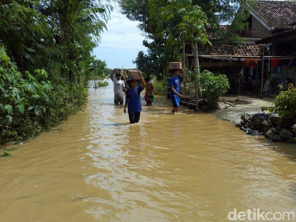 Pak Bupati, Tolong Korban Banjir Ponorogo Butuh Bantuan Air Bersih
