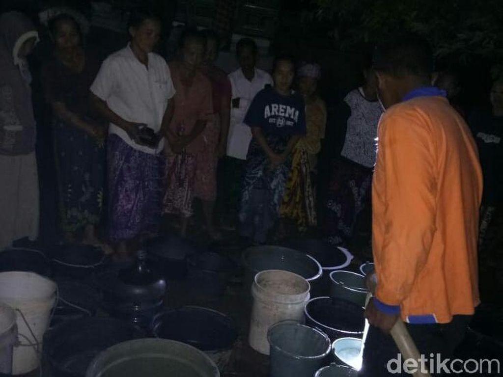 Daerah Lain Dilanda Banjir, Desa di Situbondo Justru Kekurangan Air